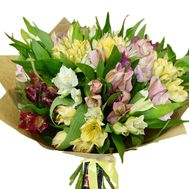 Alstroemeria in bouquet - flowers and bouquets on roza.zp.ua