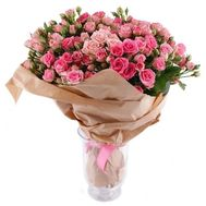 Bouquet of bush roses in kraft paper - flowers and bouquets on roza.zp.ua
