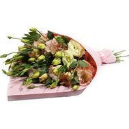 Eustoma in kraft paper - flowers and bouquets on roza.zp.ua