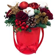Box for the New Year with flowers and spruce - flowers and bouquets on roza.zp.ua