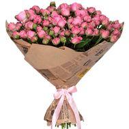 Красивый букет кустовых роз в крафте - цветы и букеты на roza.zp.ua