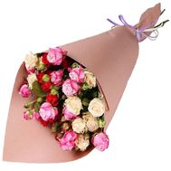 A small bouquet of bush roses - flowers and bouquets on roza.zp.ua