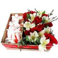 Flowers and sweets in a rectangular box - flowers and bouquets on roza.zp.ua