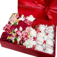 Composition in a box of Raffaello - flowers and bouquets on roza.zp.ua