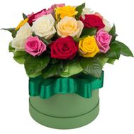 Bright box of roses - flowers and bouquets on roza.zp.ua