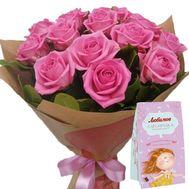 Троянди з коробкою цукерок - цветы и букеты на roza.zp.ua