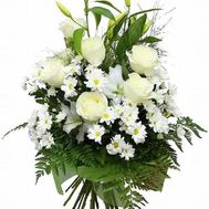 Bouquet of flowers from lilies, chrysanthemums and roses - flowers and bouquets on roza.zp.ua