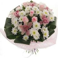 Bouquet of flowers from orchids, roses and chrysanthemums - flowers and bouquets on roza.zp.ua