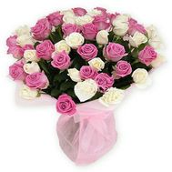 Bouquet of flowers from 55 multi-colored roses - flowers and bouquets on roza.zp.ua