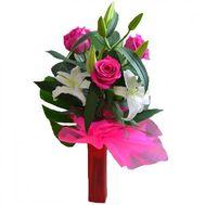 """""""Букет из лилии и 4 роз"""" в интернет-магазине цветов roza.zp.ua"""