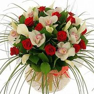 Bouquet of flowers from roses and orchids - flowers and bouquets on roza.zp.ua