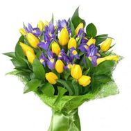Bouquet of tulips and irises - flowers and bouquets on roza.zp.ua