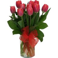 Bouquet of 11 tulips - flowers and bouquets on roza.zp.ua