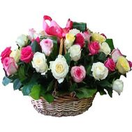 Basket of flowers from 35 multi-colored roses - flowers and bouquets on roza.zp.ua