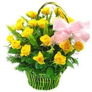 Basket of flowers of 23 yellow roses - flowers and bouquets on roza.zp.ua