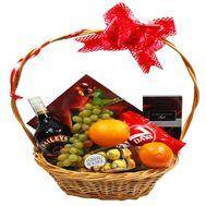 Подарочная корзина для женщин - цветы и букеты на roza.zp.ua