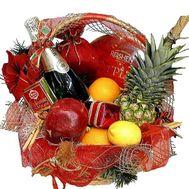 Новогодняя подарочная корзина - цветы и букеты на roza.zp.ua