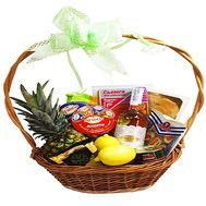 """Gift basket"" in the online flower shop roza.zp.ua"