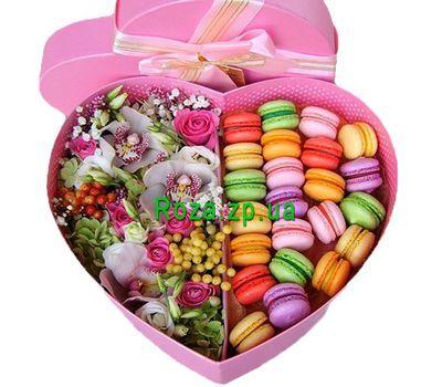 """Best Flower box with macarons"" в интернет-магазине цветов roza.zp.ua"