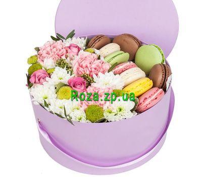 """""""Цветы и макаруны в коробке Запорожье"""" в интернет-магазине цветов roza.zp.ua"""