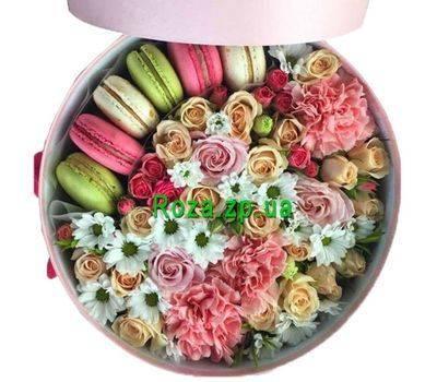 """""""Круглая коробка с цветами и макарунс"""" в интернет-магазине цветов roza.zp.ua"""