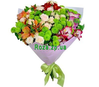 """""""Bright bouquet with green chrysanthemums"""" in the online flower shop roza.zp.ua"""