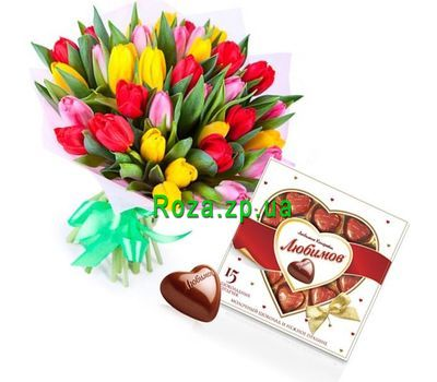 """""""Bouquet of 25 tulips and candy"""" in the online flower shop roza.zp.ua"""